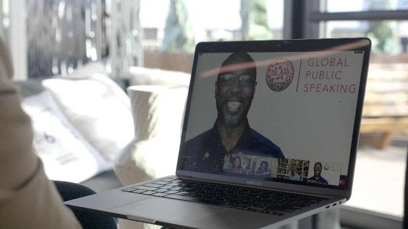 How to make people feel comfortable in a virtual meeting